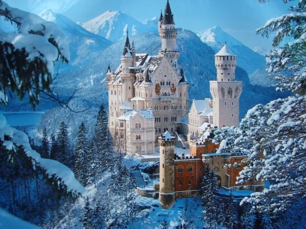 01 Neuschwanstein Castle, Germany