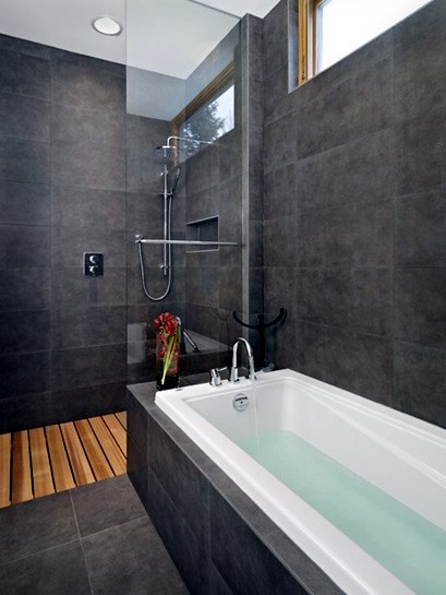 15-Majestic-Modern-Bathroom-Designs-For-Inspiration-15