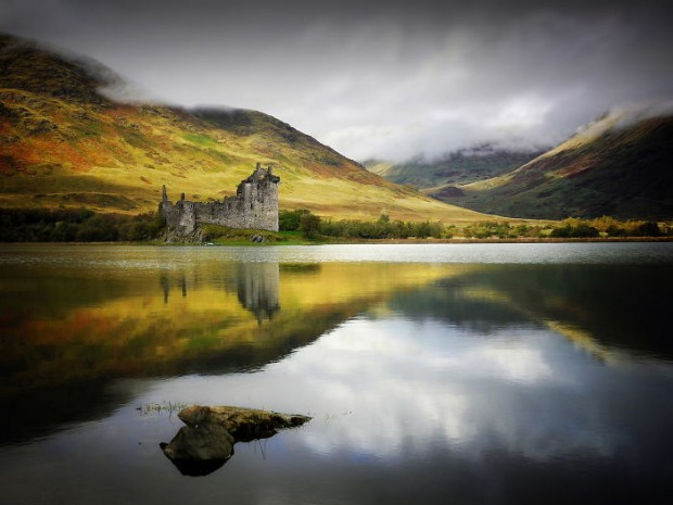 21 Kilchurn Castle, Loch Awe, Scotland