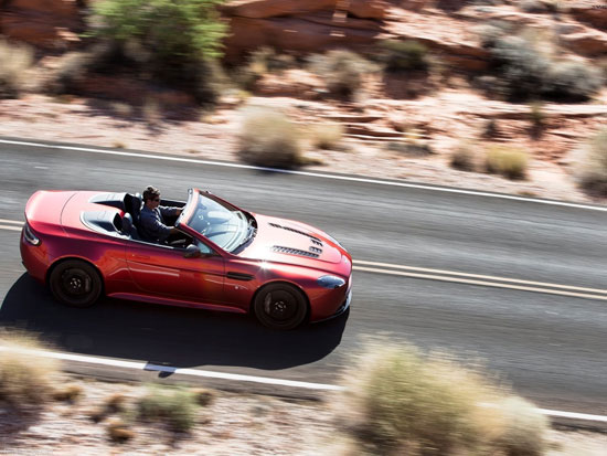 ونتیج ۱۲سیلندر مدل اس، سریعترین رودستر استونمارتین