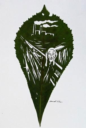 خلاقیت یک ایرانی بر روی برگ های درختان +عکس