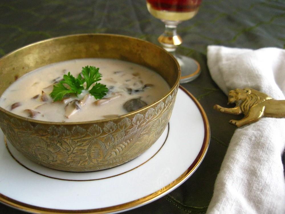 سوپ قارچ خامه ای(معرکه ترین طعم سوپ را تجربه کنید!)