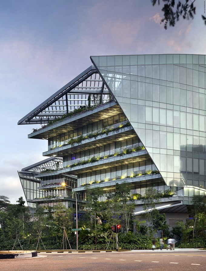 53e1c611c07a80bf02000244_sandcrawler-andrew-bromberg-of-aedas_sandcrawler__singapore__by_andrew_bromberg_of_aedas_north_elevation