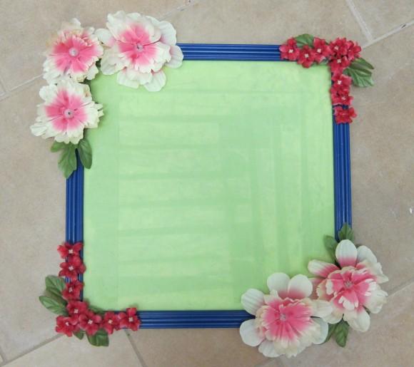 آموزش هنرهای دستی  , تزئین آینه یا قاب عکس با گل مصنوعی