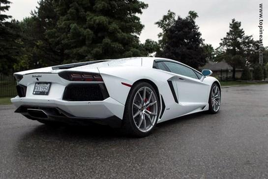 Lamborghini-Aventador-03