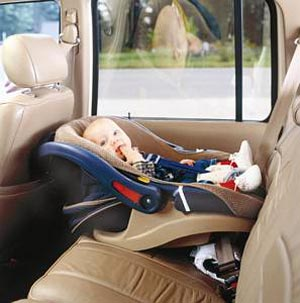 صندلی اتومبیل کودک