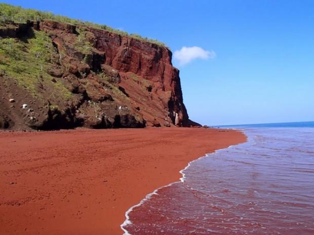 amazing-unusual-beaches-10-2-660x495