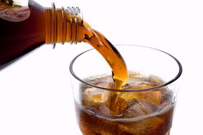 پزشکی و سلامت تغذیه  , اثرات منفی نوشیدنی های گازدار بر بدن