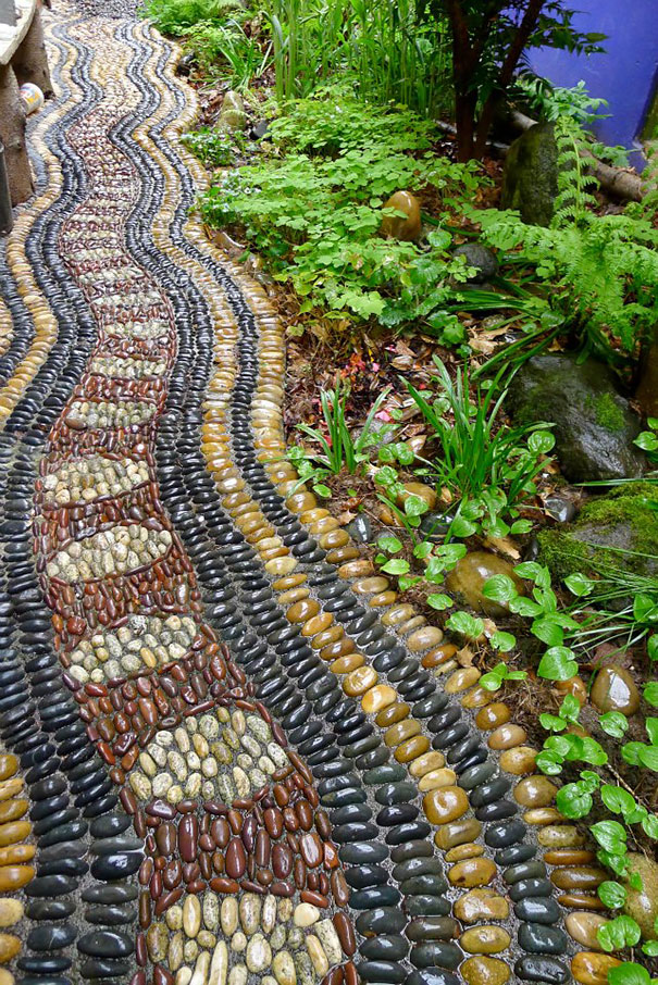garden-pebble-stone-paths-152