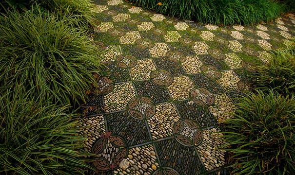 garden-pebble-stone-paths-42