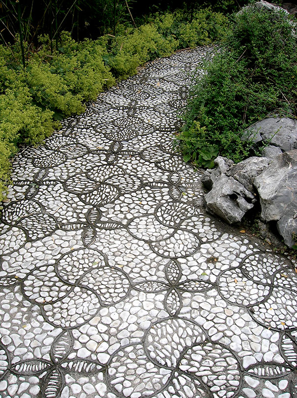 garden-pebble-stone-paths-62