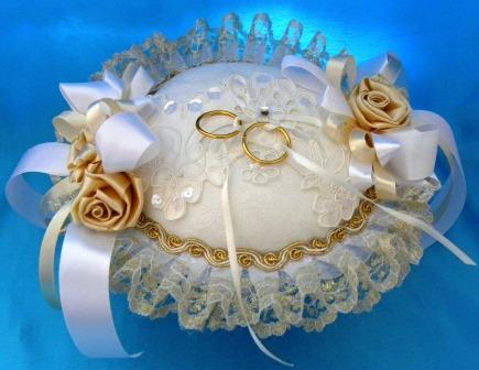 تزئینات عقد و عروسی نو عروس  , چند نمونه جا حلقه ای برای سفره عقد