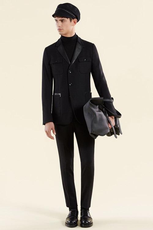 لباس مردانه پاییزه  Gucci