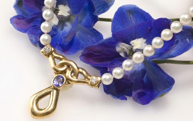 مدل جواهرات - مدل گردن یند - گردنبند مروارید
