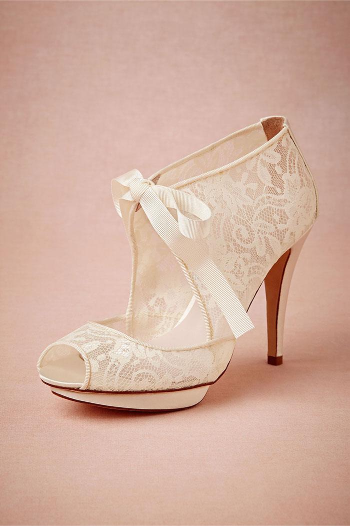 مدل لباس عروس و زیورآلات نو عروس  , مدل های شیک و جذاب کفش عروس