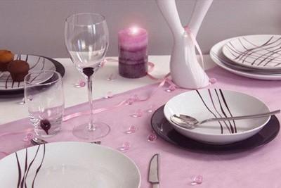 چیدمان میز شام عاشقانه