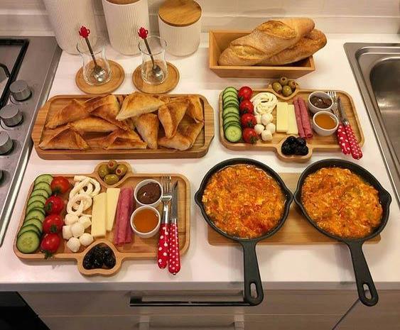 چیدمان صبحانه مجلسی