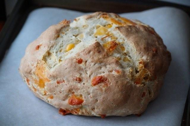 نان ایرلندی با پنیر چدار