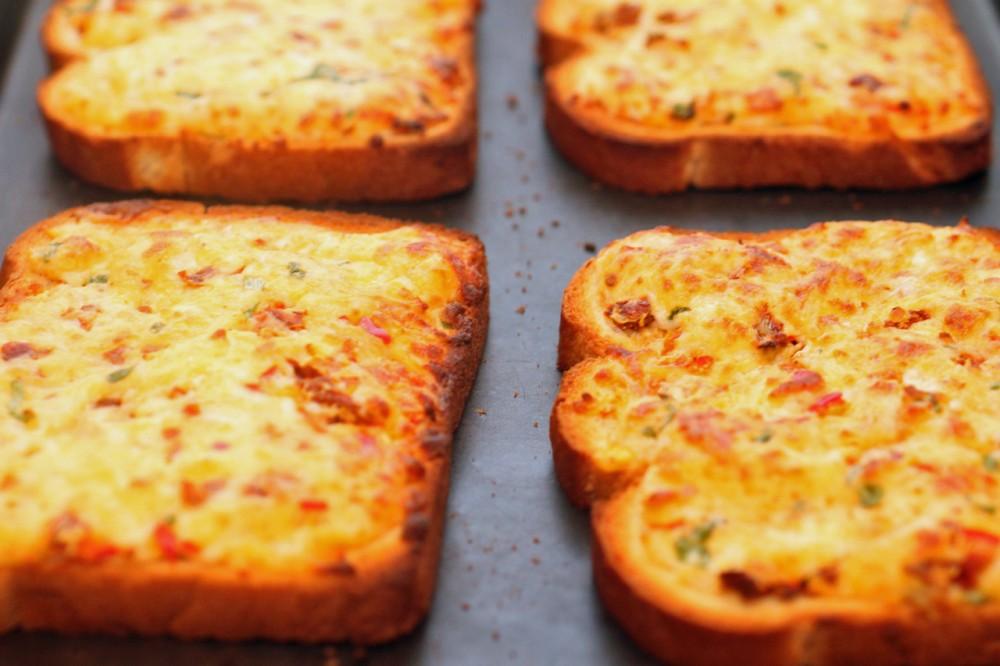 طرز تهیه اسنک پنیری , روش تهیه اسنک پنیری,  دستور تهیه اسنک پنیری , اسنک پنیری , تهیه اسنک پنیری