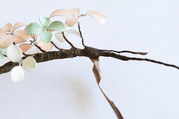 آموزش تصویری ساخت گل سر با سیم و لاک