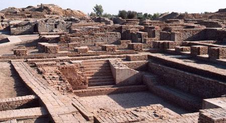 جاذبه های سایر کشورها گردشگری  , آثار باقیمانده از قدیمیترین شهرهای جهان