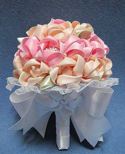 آموزش گل سازی  , دسته گل عروس • آموزش تصویری ساخت دسته گل روبانی