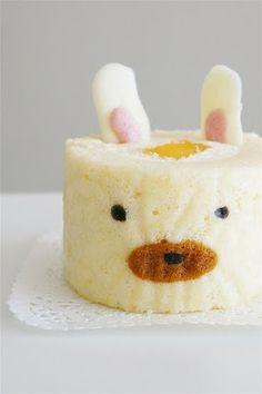 کیک رولتی طرح دار