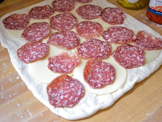 فست فود  , طرز تهیه پیتزا رولی