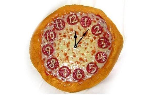 نمونه تزئین پیتزا , تزیین پیتزا به شکل ساعت