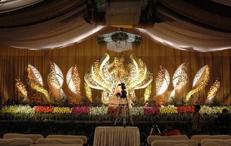تزئین جایگاه عروس, تزئین جایگاه مراسم ازدواج , تزئین جایگاه مراسم عروسی , جایگاه عروس و داماد , جایگاه مراسم ازدواج , جایگاه مراسم عروسی