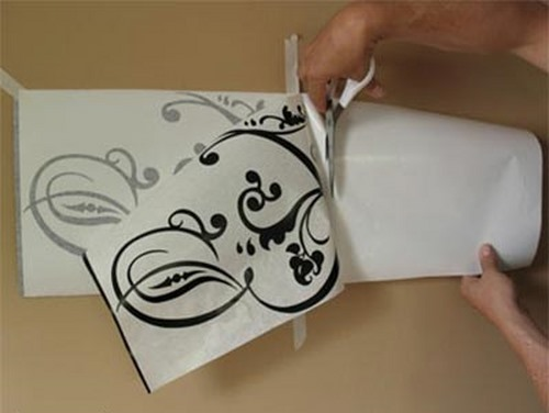 Learning-how-to-install-stickers-wall-stickers4 Copy