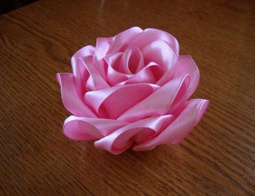 آموزش روبان دوزی , آموزش ساخت دسته گل , آموزش ساخت دسته گل با روبان , آموزش کاردستی , آموزش گل سازی , آموزش گلسازی , روبان دوزی , ساخت دسته گل , ساخت دسته گل با روبان , ساخت دسته گل روبانی , ساخت کاردستی , هنر دستی , هنرهای دستی , کاردستی , گل سازی , گلسازی