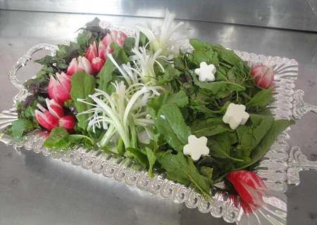 عکس تزیین سبزی خوردن تربچه پیازچه سبزیجات