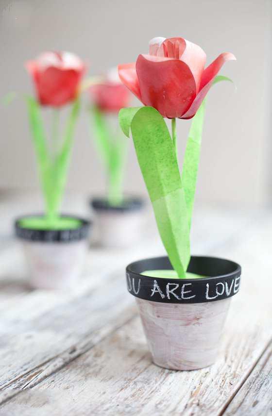 آموزش گلسازی - درست کردن گل با کاغذ - ساخت گل لاله با کاغذ