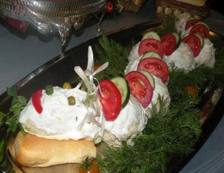 تزئین سالاد الویه برای جشن تولد کودکان
