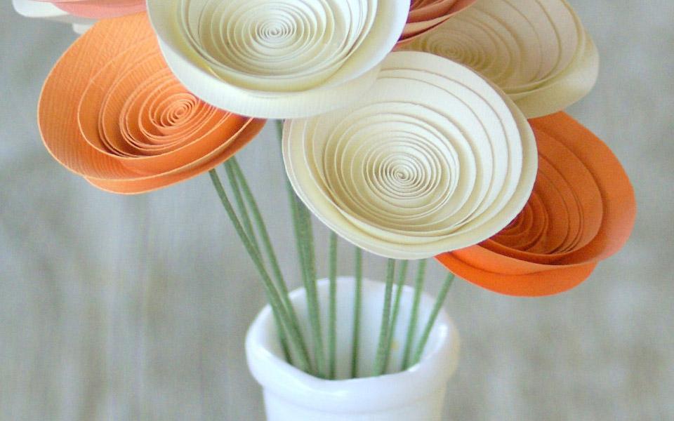 نمد دوزی روی مانتو آموزش ساخت گل رز کاغذی - مجله تصویر زندگی
