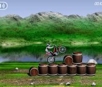 بازی, آنلاین ,بازی آنلاین, بازی موتور سواری با مانع, بازی مهیج,بازی جالب, بازی موتورسواری