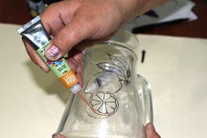 تزیین پارچ شیشه ای با هنر ویترای - آموزش ویترای - نقاشی روی ظروف