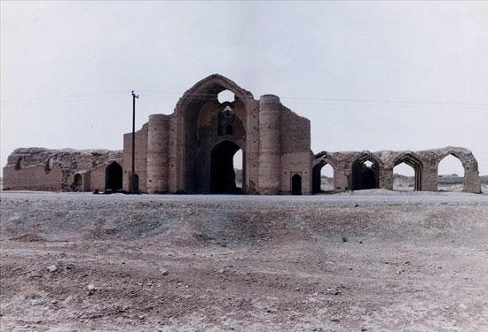 آشنایی با ارگ های ایران, ارگ, ایران, ارگ مورچه خورت, ارگ آق قلعه