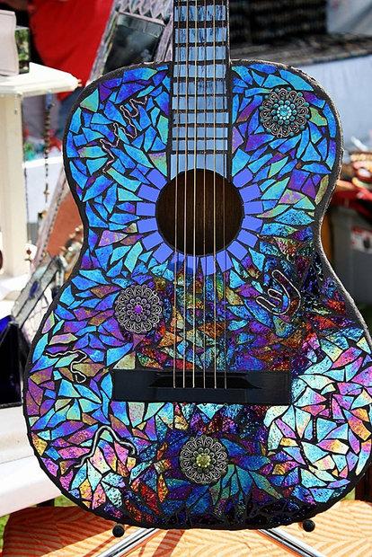 recycled-diy-old-cd-crafts-15__605.jpg