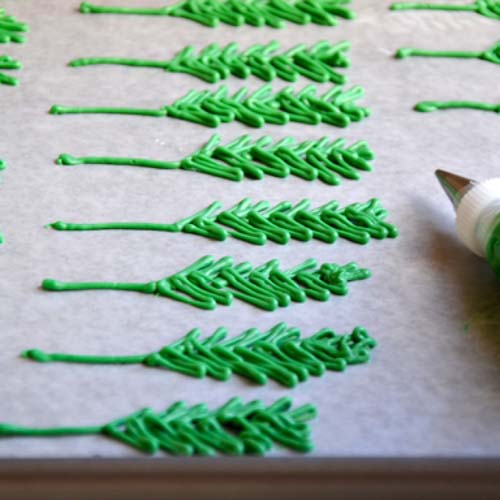 خروس بافتنی دومیل زیبا استفاده ی کاغذ در قنادی ها
