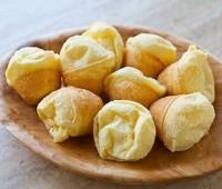 طرز تهیه نان پنیری برزیلی طرز تهیه نان پنیری،پفک برزیلی،شیرینی برزیلی