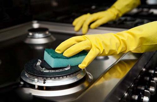 کاربرد جوش شیرین در خانه تکانی, جوش شیرین, خانه تکانی, از بین بردن لکه, جلا دادن, بوگیر, براق کننده ,شستن حمام