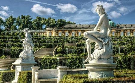 جاذبه های سایر کشورها گردشگری  , زیباترین باغ ها و گردشگاه های جهان