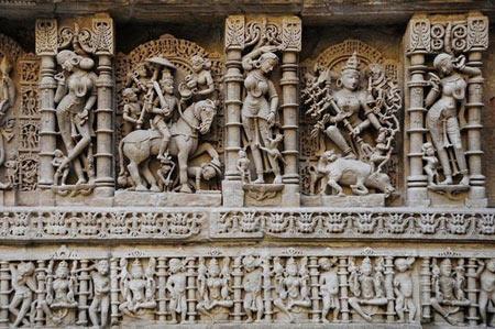 رانی-کی-واو , آب انبار, Rani Ki Vav , بزرگترین آب انبار جهان, مکانهای دیدنی هند, مکانهای تاریخی هند, جاذبههای هند,دیدنی های هند , رانی کی واو , رانیکیواو