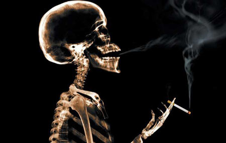 سرگرمی مطالب طنز و خنده دار  , طنز : فواید سیگار کشیدن