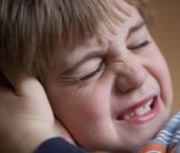 گوش درد, درمان گوش درد, عفونت گوش, ورم گوش, عفونت سینوسها, جرم گوش, دلایل عفونت گوش, پوسیدگی دندان, تسکین درد گوش