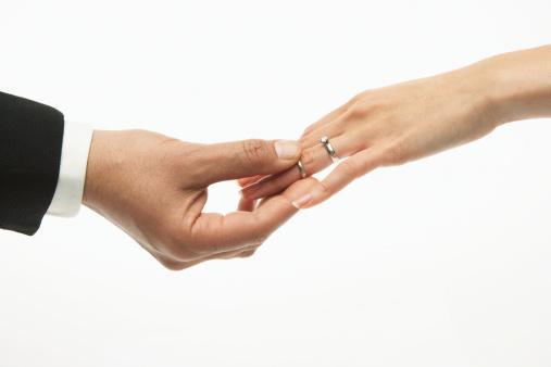دانستنی های قبل ازدواج  , مزایا و معایب ازدواج فامیلی چیست؟