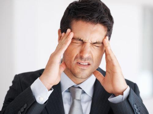 migraineمیگرن, سردرد, درمان میگرن, مقابله با میگرن ,علایم میگرن ,پیشگیری از میگرن ,سردرد شدید, سردرد میگرنی ,پپتیدهای التهابی, یائسگی , کم آبی بدن , استروژن