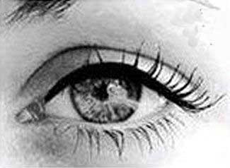 آموزش زیبایی,آرایش چشم,درشت جلوه کردن چشمها